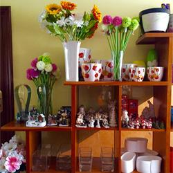 Cerámica, cristal, complementos para flores y plantas, semillas y fertilizantes - Floristeria Lucy